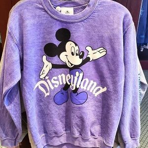 Disneyland Mickey Mouse Pullover Sweater